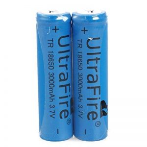 Batterie Li-ion - TOOGOO(R)2x18650 Batteries 3000mAh 3.7V rechargeable Li-ion rechargeable lampe torche de la marque TOOGOO(R) image 0 produit