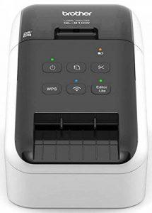 Brother QL-810 Imprimante d'étiquettes professionnelle | P-touch Editor | Impression rouge/noir | Wi-Fi | 93 étiquettes/min | Inclus 1 rouleau DK-11201 et 1 DK-22251 de la marque Brother image 0 produit