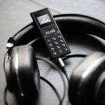 Elari Nanophone C Téléphone Cellulaire Fonctionne sur GSM 850/900/1800/1900, avec MicroSD et MicroSIM, Bluetooth Sync avec Smartphones (iOS, Android), Lecteur MP3, Radio FM, Enregistreur Vocal - Seulement 30 g de Poids de la marque ELARI image 1 produit