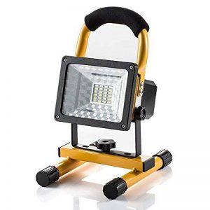 Projecteur LED Rechargeable Super Lumineuse 15W Floodlight Torche Lampe 7 Heure Work Light sans Fil Portable pour Chantier Garage Bricolage Travaux de la marque GRDE image 0 produit