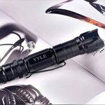 Puissant Vert Pointer Pen Lumière Militaire Réglable Focus Lampe de Poche Présentateur Pointer avec 18650 Chargeur de Batterie de la marque YYLE image 2 produit