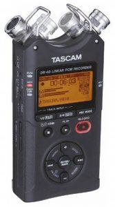 Tascam DR-40 Carte flash Noir dictaphone - dictaphones (15 h, High Quality (HQ),Pulse-code modulation (PCM), MP3,WAV, 2200 Ohm, 92 dB, 20-40000 Hz) de la marque Tascam image 0 produit