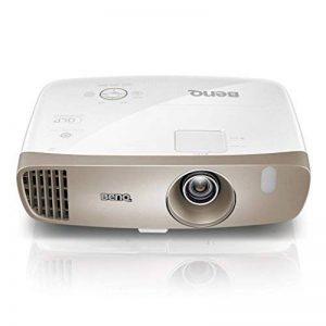 """W2000 de BenQ, Projecteur Rec 709 Full HD 1080P, Installation Modulable, Courte Portée (100"""" à 2,5 m), Projection Latérale, Décalage de l'Objectif, Correction de la Distorsion Trapézoïdale 2D, 2 Haut-parleurs 10 W Intégrés, Silencieux (27 dB), HDMI x 3, M image 0 produit"""